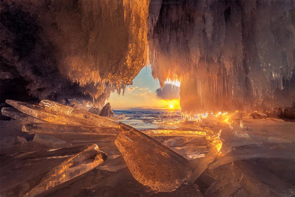 sunset-through-ice-cave-lake-baikal-russ