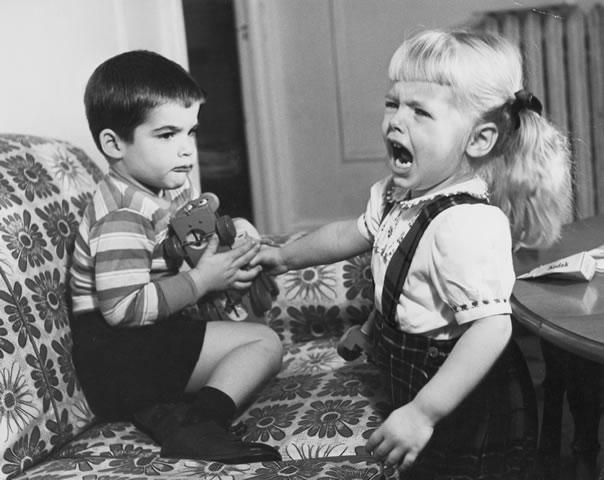 toy-fight.jpg