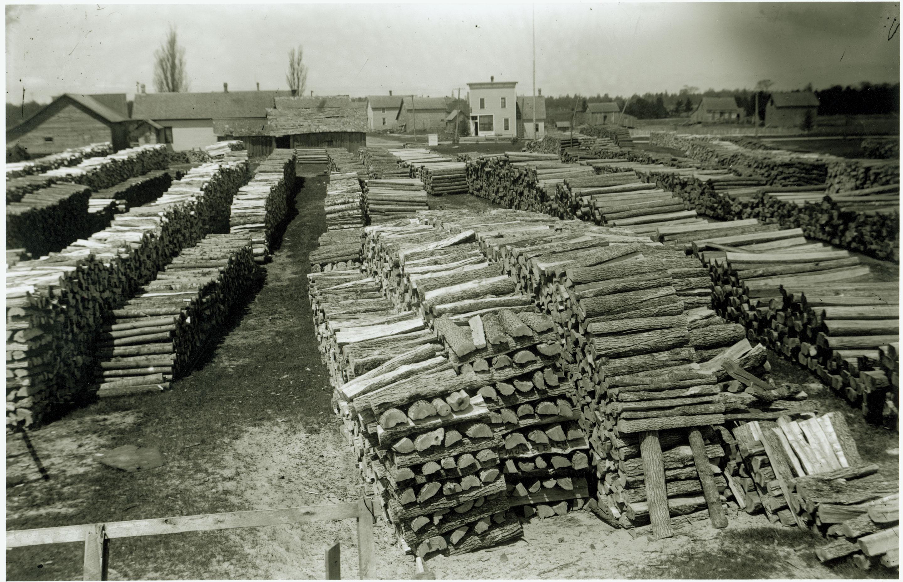dclv03i01-history-logging-bundles.jpg