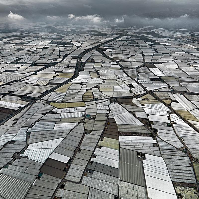 greenhouses-almeria-2%25255B5%25255D.jpg