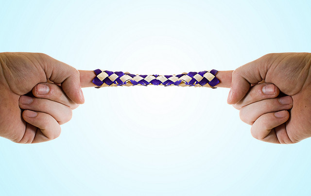 chinese-finger-trap.jpg&f=1