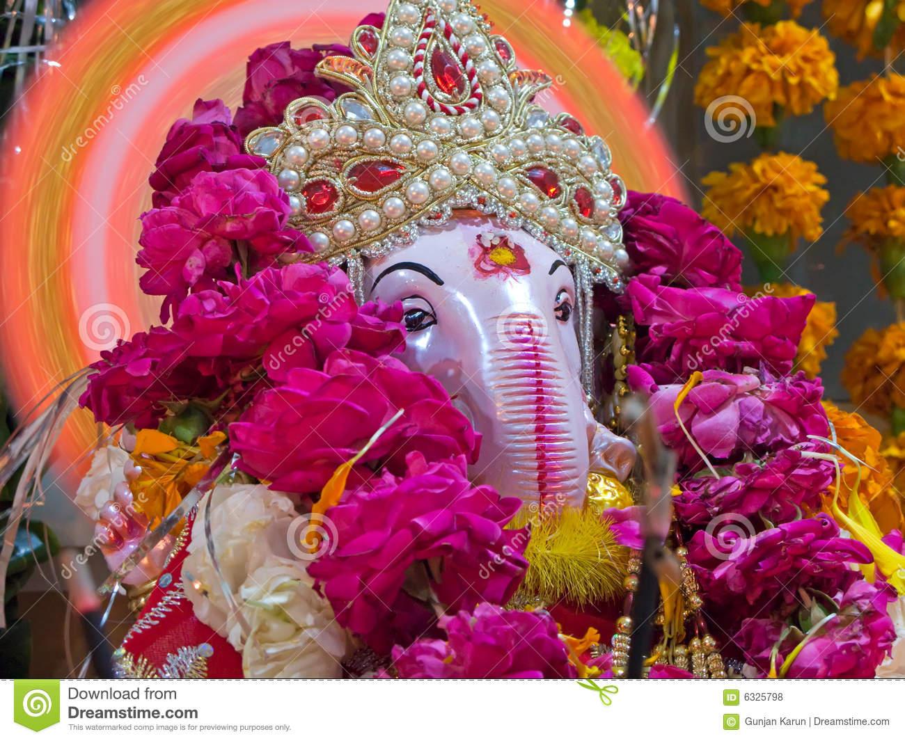 closeup-lord-ganesha-hindu-god-good-luck-6325798.jpg