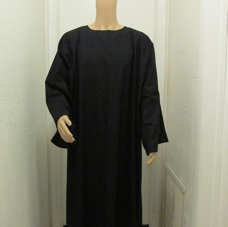 Black-Tau-robe-1.jpg