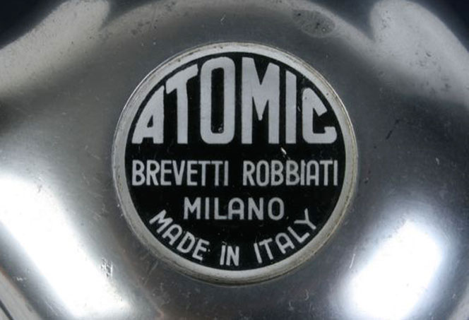 IW_caffettiera-atomic-robbiati_01.jpg