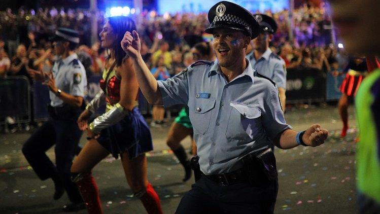 police-mardi-gras.jpg